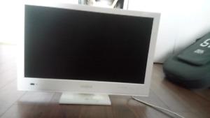 "21"" 1080p Insignia T.V/Monitor for sale"
