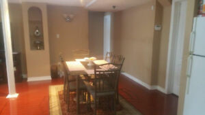 Large 2 bedrm.  Apt.  Avail Immed. – Meadowlands