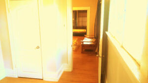 (DOWNTOWN) ROOM for Rent(MAN),Whole MAIN Floor, Own Entry!