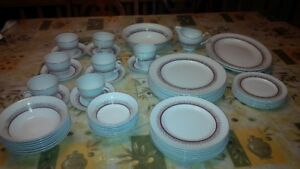 Complete Dinner set for 6  (AlfredMeakin - Glo -White England)