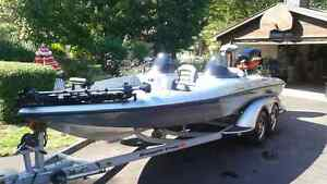 more pics CLEAN & EXCELLENT 519  RANGER BASS BOAT 1997