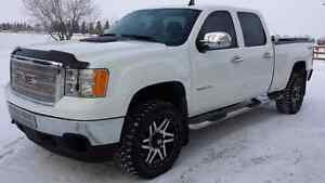 Sporty! 2014 GMC 2500 Crew $0 down Financing! Trades?
