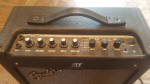 Fender Mustang Amp - new condition
