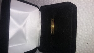 10k gold etched band