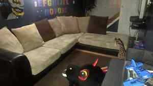 Sectional couch 400 OBO