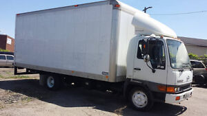 2004 Hino Truck for sale !