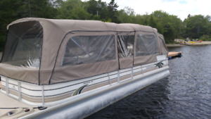Princecraft Pontoon 26 foot