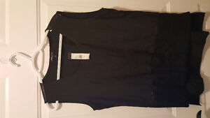 Kenneth Cole large ladies silky sleeveless top - tag still on