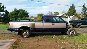 1994 Chevrolet 3500 dually (88-98 chevy gmc)
