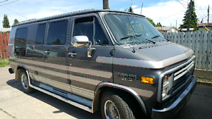1990 Chevy Van in Excellent condition