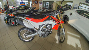 2014 Honda CRF250 *LIKE NEW*