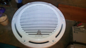 "10"" JL Audio Marine Infinite Baffle Subwoofer & Clarion deck"