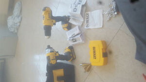 Dewalt Lithium Ion power drill kit 2 pc set brand new