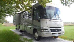2005 Winnebago Adventurer Motorhome