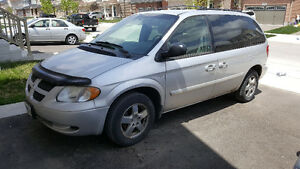 2004 Dodge Caravan anniversary edition Minivan, Van with DVD
