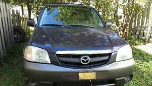 2003 Mazda Tribute FOR PARTS
