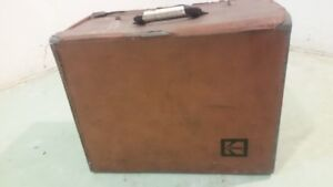 Kodak Slide Projector 850H with case and extra bulb