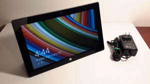 "MicroSoft Surface RT 32,  10.6"",  2GB,  quad core 1.3GHz, (1516)"