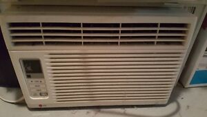 LG Window-Mounted Air Conditioner 5700 BTU