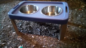 Pet food and water dish