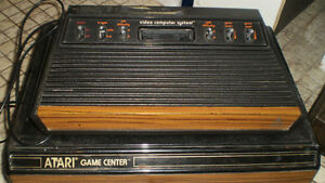 Atari 2600 wood grain system, storage box, etc. London Ontario image 1