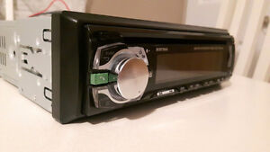 Cd receiver with bluetooth West Island Greater Montréal image 1