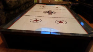 Table de hockey sur coussin d'air 100$ nego