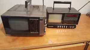 2 mini TV portatif AM / FM Batery années 80s 85s bonn état 25$