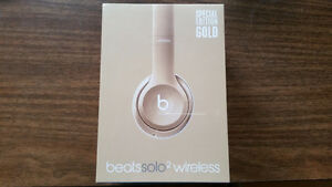 Brand new/sealed in box Champagne Gold Beats Solo Wireless!