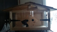 cage à hérisson,  fait à la main. en bois et plexiglas