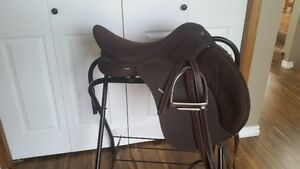 """Wintec 2000 All Purpose 17.5"""" Saddle Package"""
