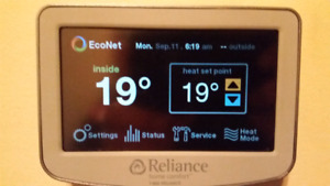 Econet touchscreen thermostat