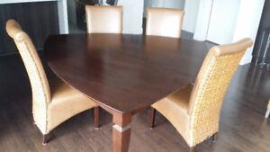 Table de cuisine TRIANGULAIRE avec 6 chaises