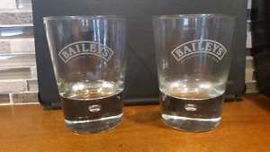 SET of 2 BAILEYS IRISH CREAM LIQUER TUMBLER GLASS