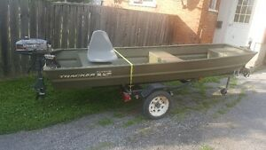12ft Jon Boat and 2.5 Motor with trailer