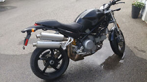 Ducati Monster S2R 800 Dark series
