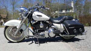 2004 Harley Davidson Road King Classic - EXCELLENT! Pearl White