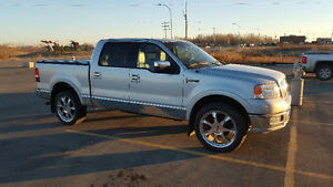 Low kms! 2006 Lincoln Mark LT Supercrew