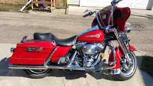 Harley Davidson Road King Firefighter Edition Red