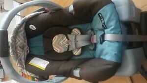 Car seat AND Bugaboo Frog or Chameleon attachments