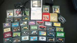 Gameboy Advanced GBA Huge Collection SP + Charger, Pokemon!