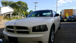 Dodger Charger 2008 se low millage