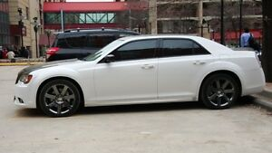 2013 Chrysler SRT Sedan - Air ride -