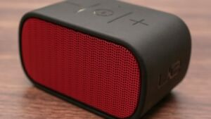 Logitech Ultimate Ears Mini Boom - Red/Black
