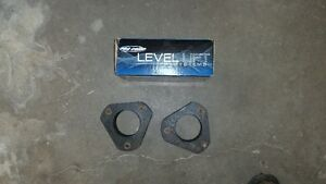 """2004 to 2014 ford f150 2.5"""" older pro comp leveling kit For sale"""