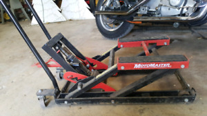 Motorcycle Lift   Kijiji in Ontario  - Buy, Sell & Save with