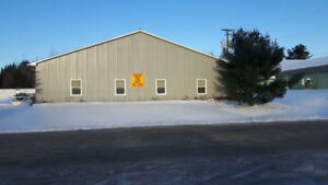 Easy customer access 5,880 sq ft.