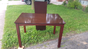 **Pub Style Table w/ Leaf and Chairs**