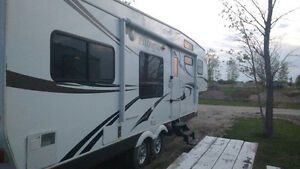 2011 Palomino Fifth Wheel Trailer