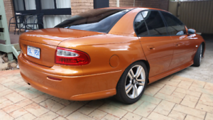 VX SS COMMODORE MANUL 6 speed